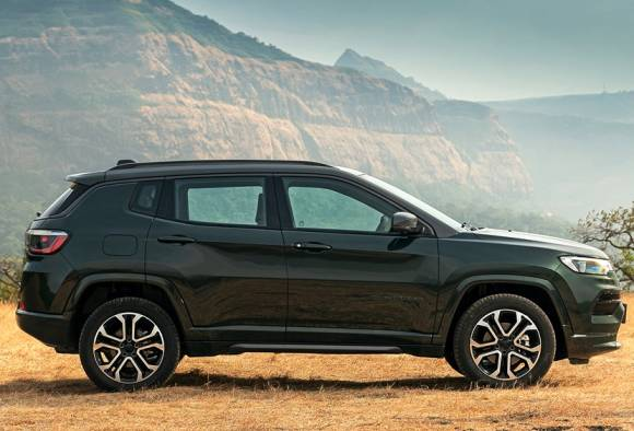 First Look Review Of New 2021 Jeep Compass Facelift; Check Out The Major Changes