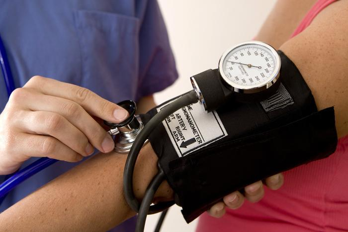 Tips to control high blood pressure without medication