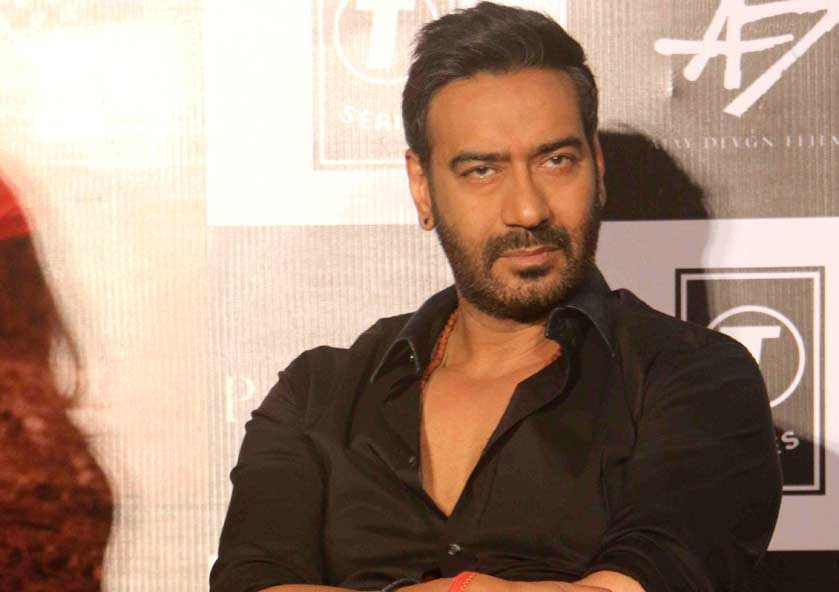 Ajay Devgan used to do a lot of stunts at the crossroads near the Bachchan family bungalow, he formed a street gang.