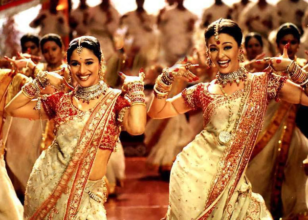 While dancing to this hit song, Aishwarya Rai's blood started coming out of his ears, yet the steps were not stopped