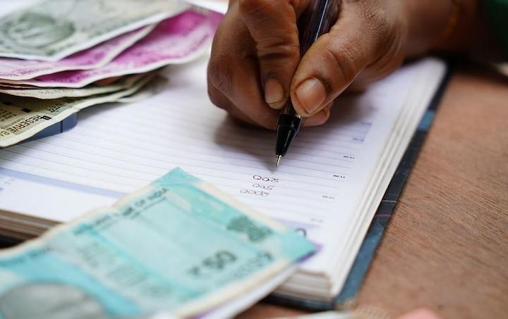 Tax Saving Last Date: आज टैक्स बचाने का आखिरी दिन, यहां कर सकते हैं निवेश