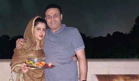 Karwa Chauth 2019: सहवाग से लेकर गौतम गंभीर तक, करवा चौथ पर पत्नियों के लिए क्रिकेटर्स ने जताया प्यार, देखें तस्वीरें