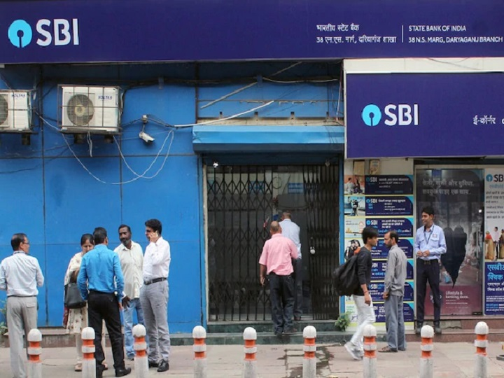 SBI cuts lending rates, Home loan EMI may go down