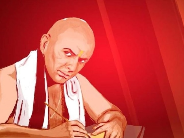 Chanakya Niti: A wise man never talks about his financial constraints