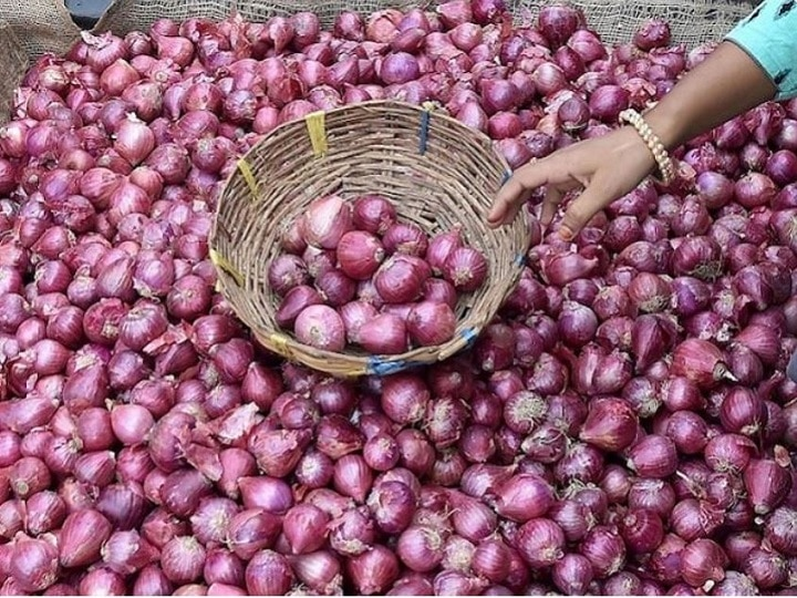 Wholesale price of onion reduced by Rs 10 per kg after government intervention
