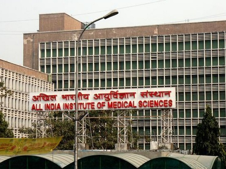 AIIMS nursing staff demands less working hour with PPE kit or else strike from 15th June ANN