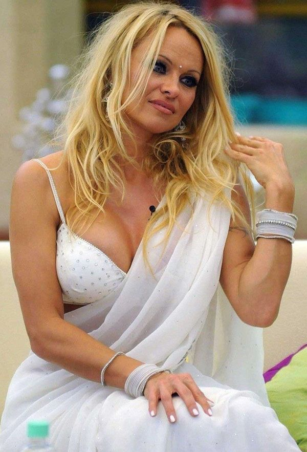 Pamela Anderson Ready To Get Married Again At The Age Of 52 | 52 ...