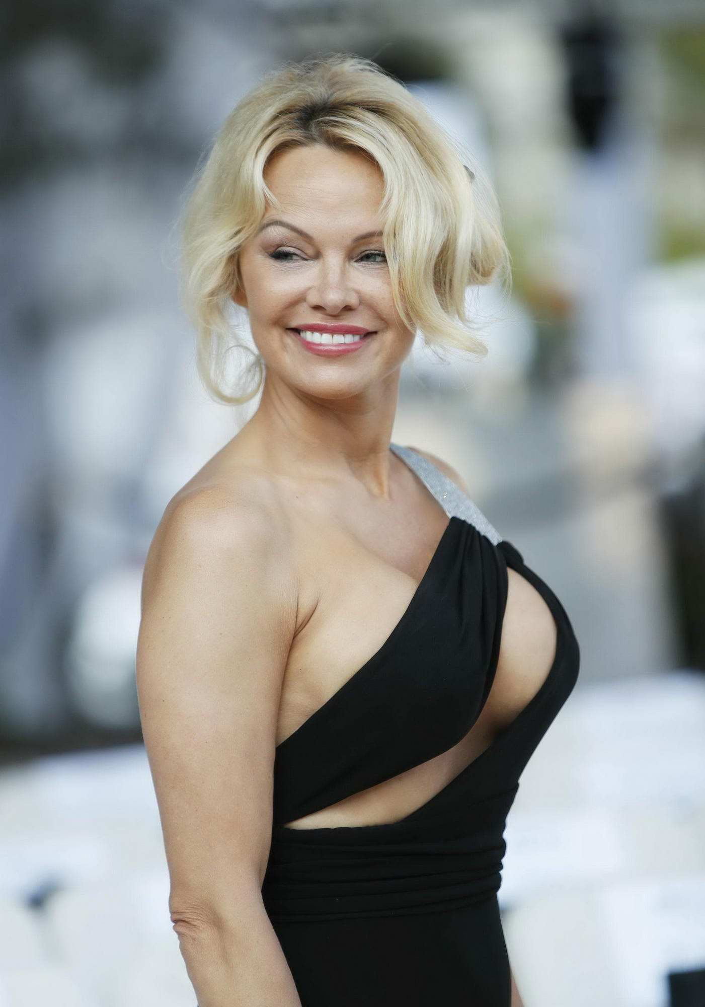 52-year-old Pamela Anderson is ready to marry again, first big disclosure on broken three weddings