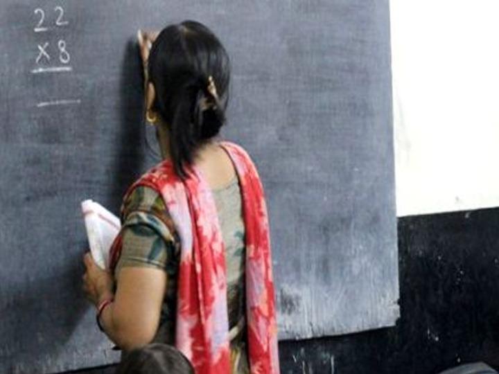 Coronavirus Delhi government teacher scared demand for PPE kit and mask kept