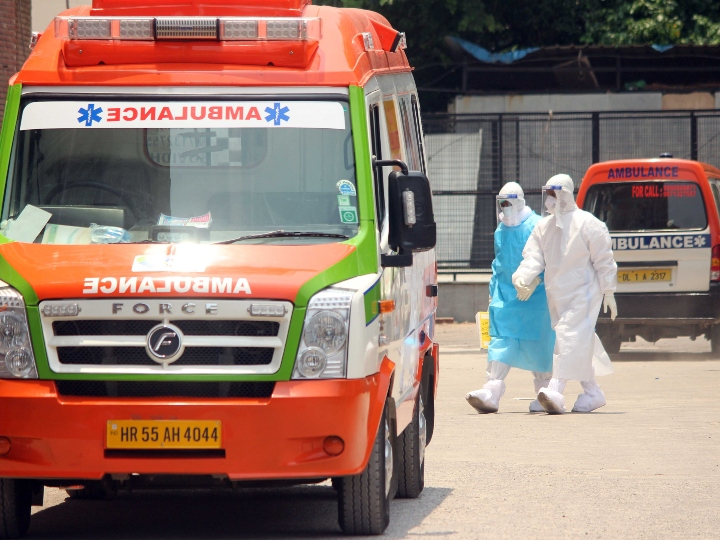 maximum number of 2224 cases reported in one day of Covid-19 in Delhi, 56 people died