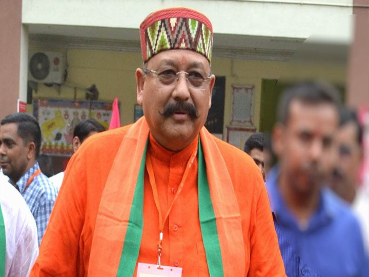 satpal maharaj and his wife discharged from rishikesh aiims