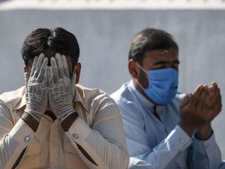 Coronavirus Deaths Cross 3500 in Pakistan