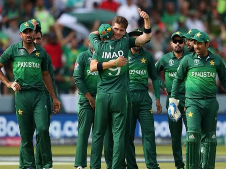 Pakistan cricket team 7 more players corona test report come positive