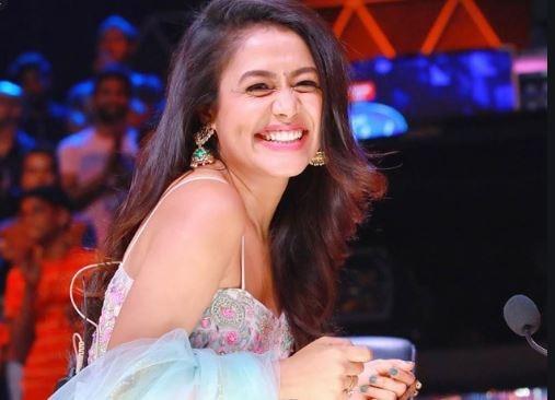 Neha Kakkar S Boyfriend Rohanpreet Singh Aditya Narayan Were The Hosts Of The Show As A Child Contestant In Saregamapa Little Champs Pledge Times
