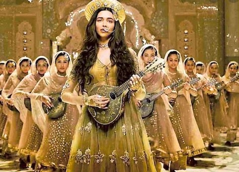 Some 300 have made 150 crores, this is Deepika Padukone's Box Office Report