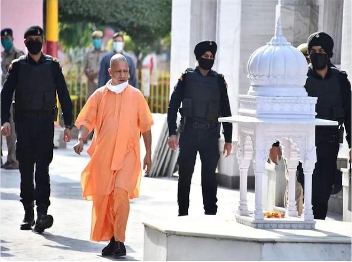 UP CM Yogi Adityanath and Governor reached Ayodhya, both of them got negative corona test