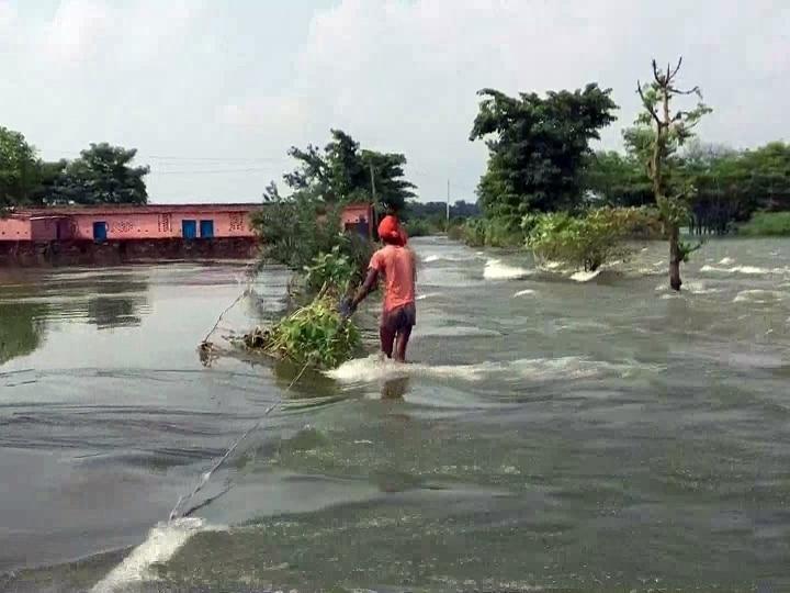 Bihar Flood: 16 जिलों की 74 लाख से ज्यादा आबादी प्रभावित, अबतक 24 लोगों की मौत