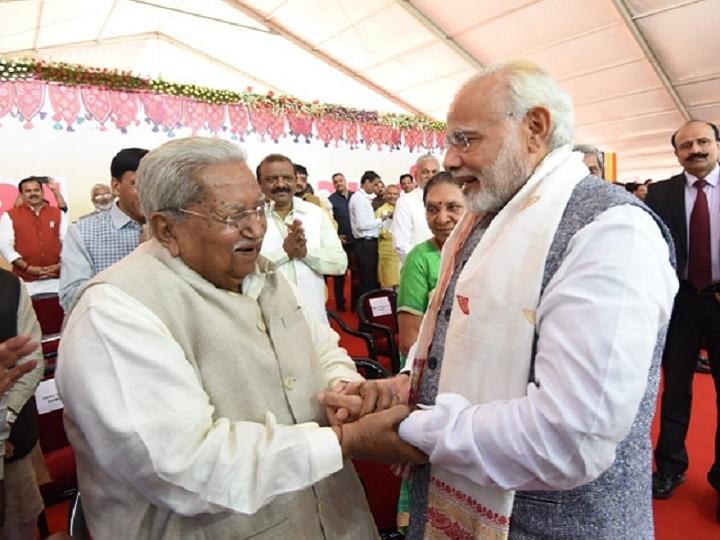 pm modi tribute to former gujarat cm keshubhai patel who died of herat attack
