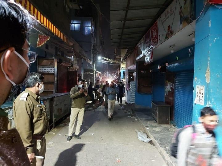 E Rickshaw Driver Sets An Example Of Honesty Returned Woman Suitcase With The Help Of Police ANN | गोरखपुर: ई-रिक्शा चालक ने पेश की ईमानदारी की मिसाल, पुलिस की मदद से लौटाया