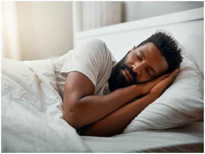 Health Tips: नींद नहीं आती है रातों में? अपनाएं ये उपाय