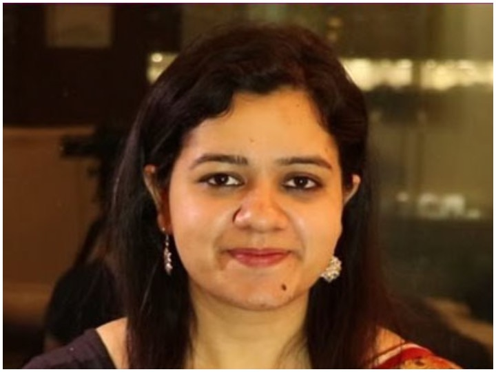 Success Story Of IAS Topper Himadri Kaushik See Tips To Crack Interview