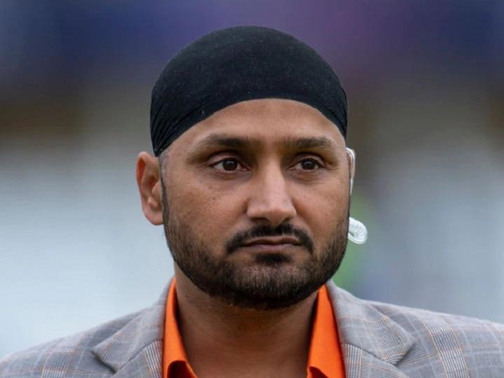 IPL 2021: इस साल केकेआर की टीम की तरफ से खेलेंगे हरभजन सिंह, सामने आया ये बड़ा बयान
