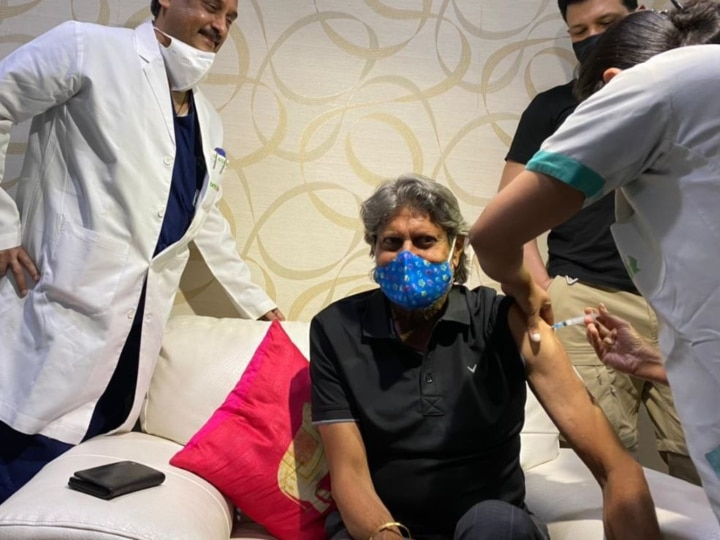 Delhi Veteran cricketer Kapil Dev received his first dose of COVID19 Vaccine at Fortis Hospital