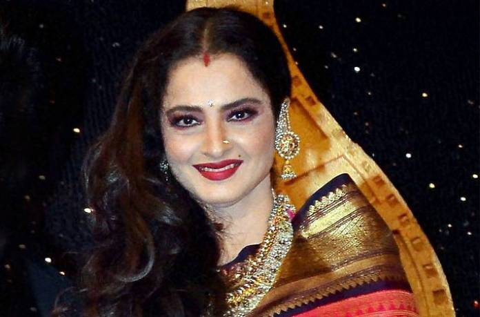 Amitabh Bachchan gave this advice to Rekha during the shooting of two unknowns.