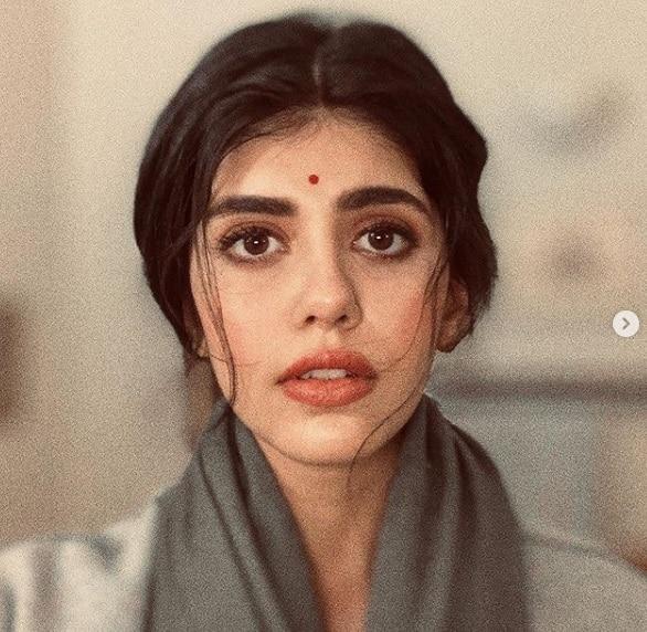 'বারবার পেজ রিফ্রেশ করছিলাম, ভাবলাম বাজে জোকস পড়ছি', সুশান্তের মৃত্যুতে ভেঙে পড়লেন তাঁর শেষ ছবির নায়িকা