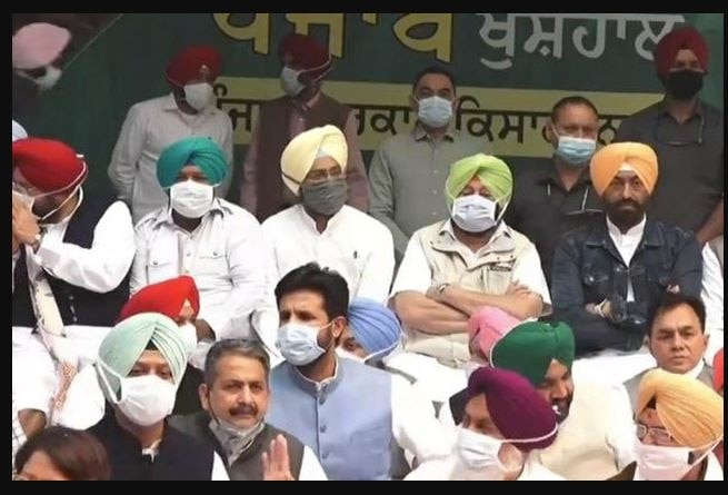 Arriving in Delhi, the captain said that Punjab is in trouble with the decisions of the Center