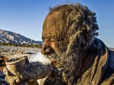 Amou Haji, from Iran, has not bathed for 67 years, He's the dirtiest man in the World