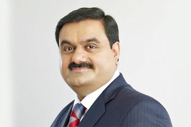 मुकेश अंबानी के बाद अब अडाणी ने भी नवीकरणीय ऊर्जा में 20 अरब डॉलर का निवेश करने की घोषणा की