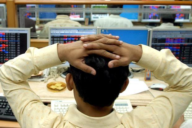 Stock Market Today: हल्की गिरावट के साथ खुले बाजार, सेंसेक्स-निफ्टी में बिकवाली